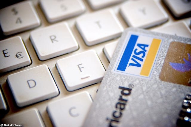 How to Protect Your Credit Card Number Online
