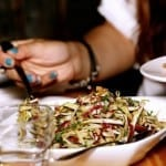 How to Maximize Discounts and Rewards When Eating Out