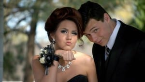 7 DIY Projects for a Picture-Perfect Prom