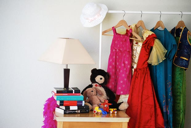 garage-sale-staging-tips