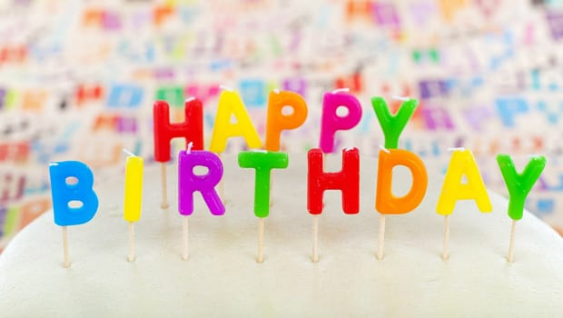 110+ Restaurants That Offer Free Birthday Food!