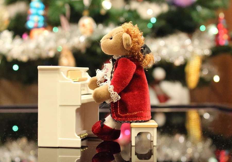 bear piano