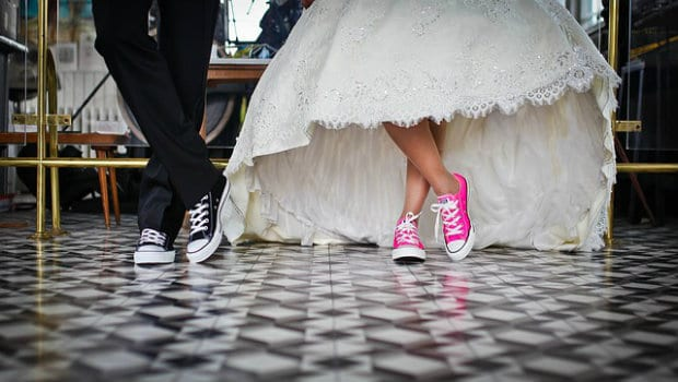 5 Money-Saving Hacks for Wedding Guests
