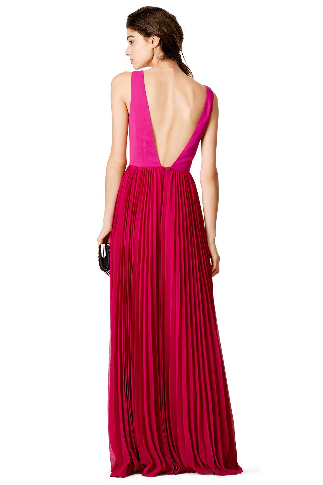 7a99322a5db What to Wear  Designer Dresses to Rent for Any Kind of Summer Wedding