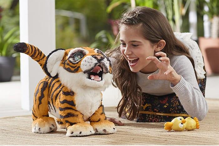furreal-roarin-tyler-playful-tiger