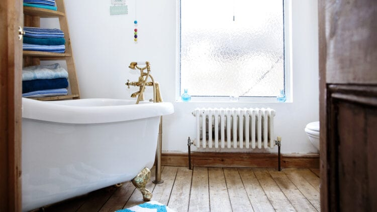 5 Ways to Upgrade Your Bathroom for Under $100