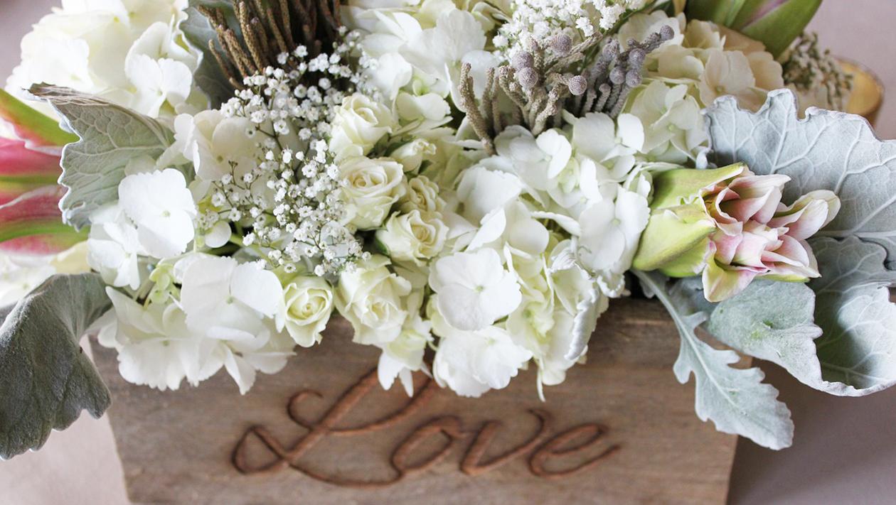 flowers-1203699_1280