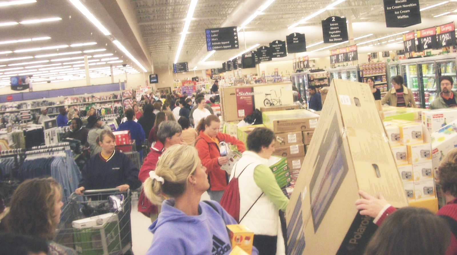 CONFIRMED: Walmart's Black Friday sale will start on Thanksgiving