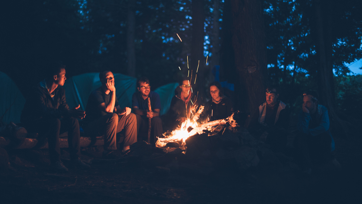 campfire-friends-camping-cover-1240x700