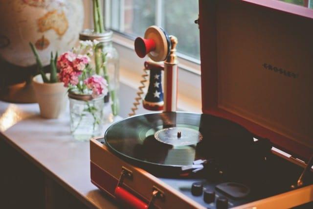 record-player-vinyl-music