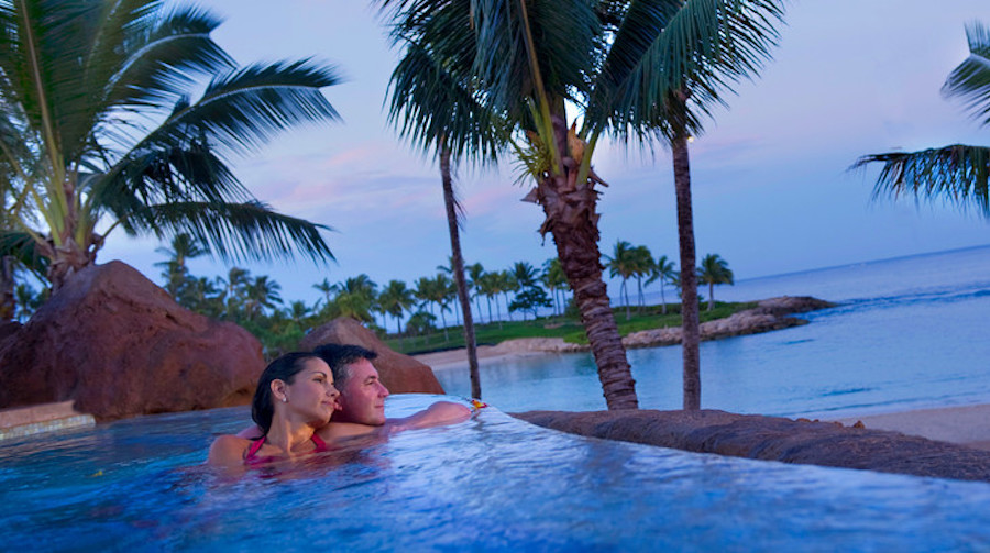 ulani-pool-area-couple-in-whirlpool-by-beach