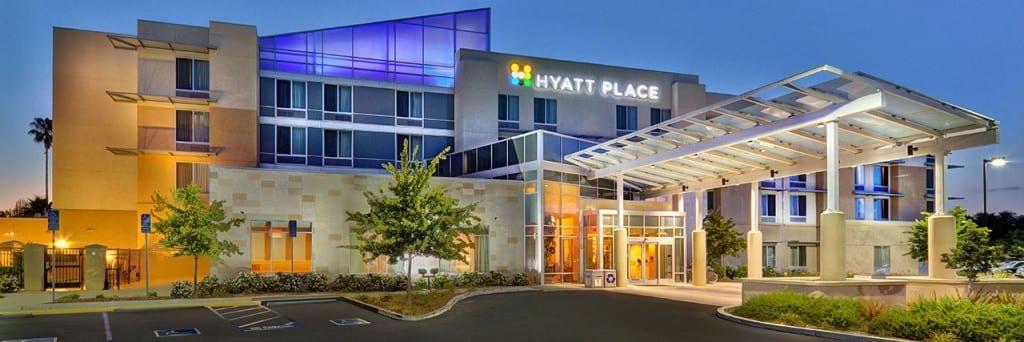 Hyatt Place UC Davis exterior
