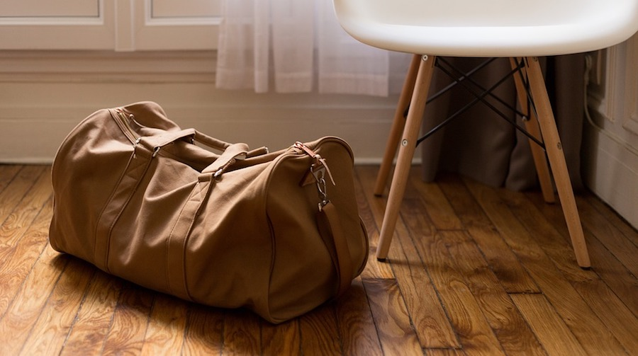 14 Things Every Budget Traveler Should ALWAYS Have in Their Carry-On
