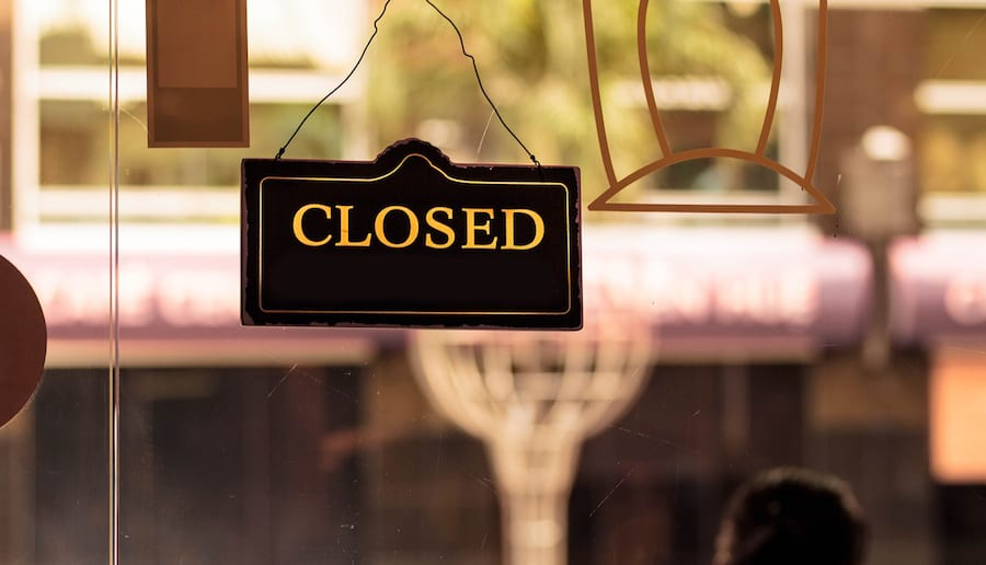 Major Retailers Announce Store Closings | Brad's Deals