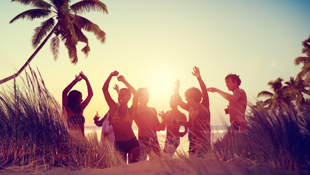 Summer beach party sunset dancing cover 1240x700