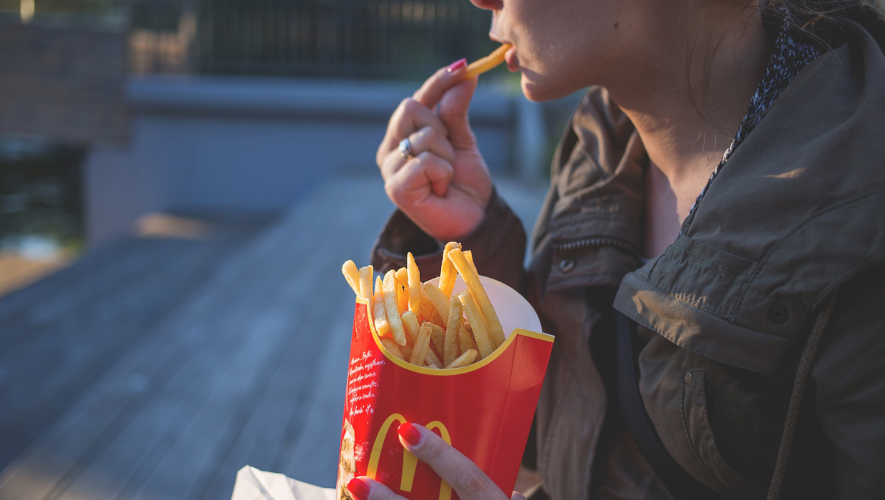Where To Get The Best Deals And Freebies For National French Fry Day