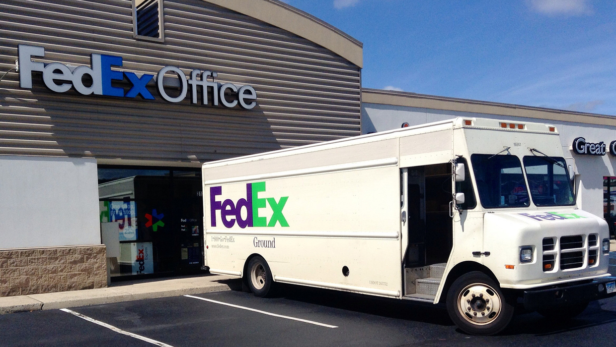 FedEx Won't Raise Prices on Most Black Friday and Holiday Shipments