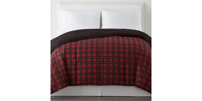 cheap-down-alternative-comforter-deal-black-friday