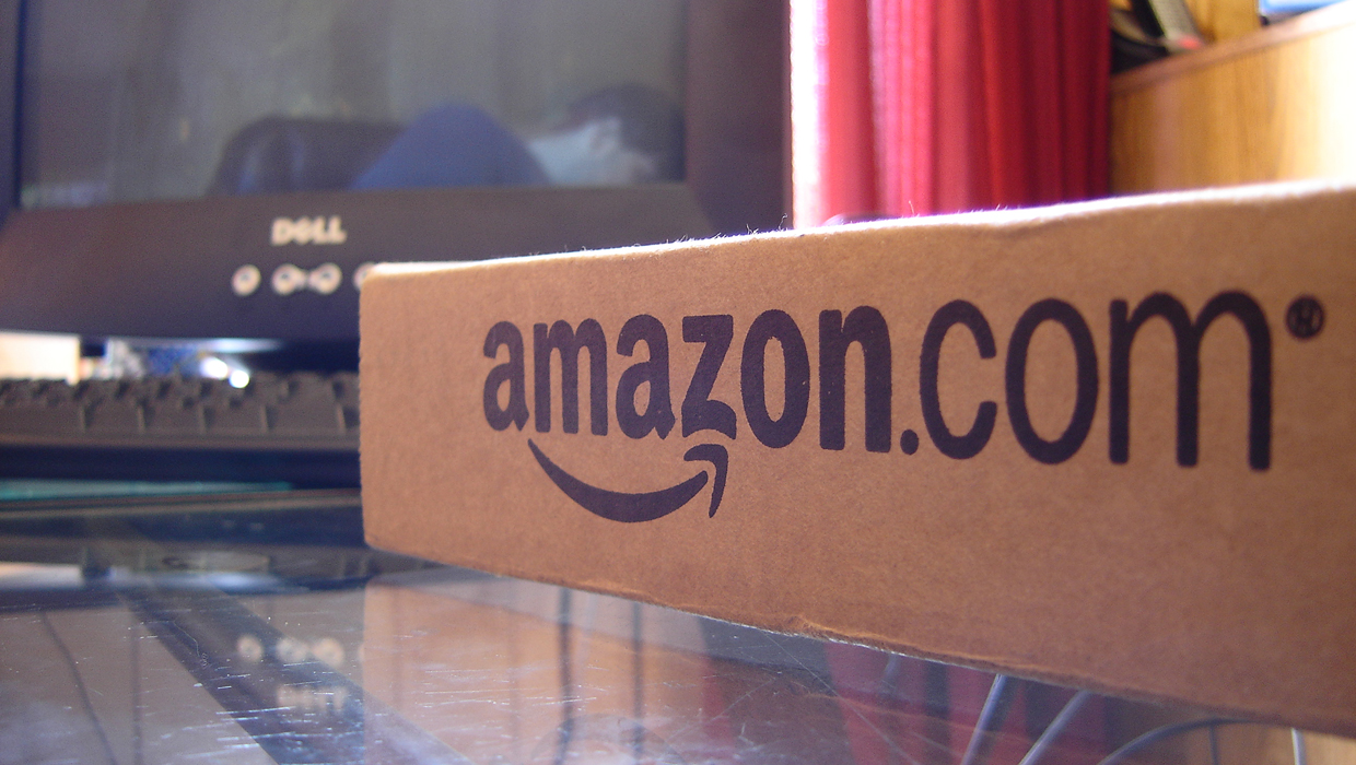 Amazon Prime Members Get Free One-Day Shipping for the Holidays