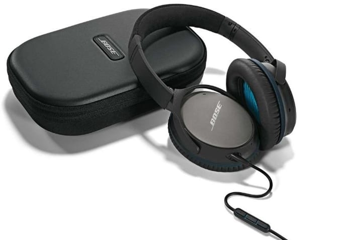 cheap-noise-cancelling-headphones-cyber-monday-deal