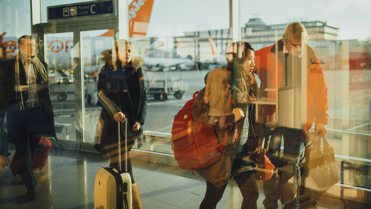 3 Indispensable Travel Gadgets That Save You Money at the Airport