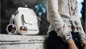 5 Tips for Finding Deals on Authentic Designer Handbags