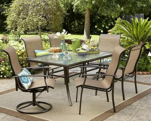 Garden Oasis 7-Piece Dining Set