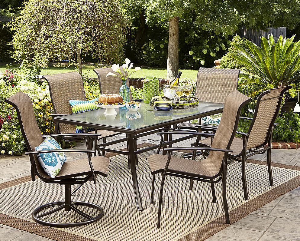 Garden Oasis 7-Piece Dining Set