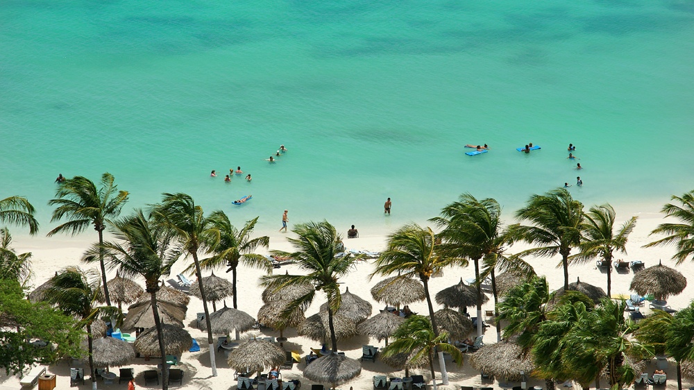 cheap-holiday-vacation-aruba