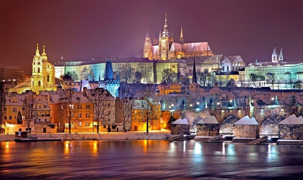 travel to Prague, travel deals at Brads Deals