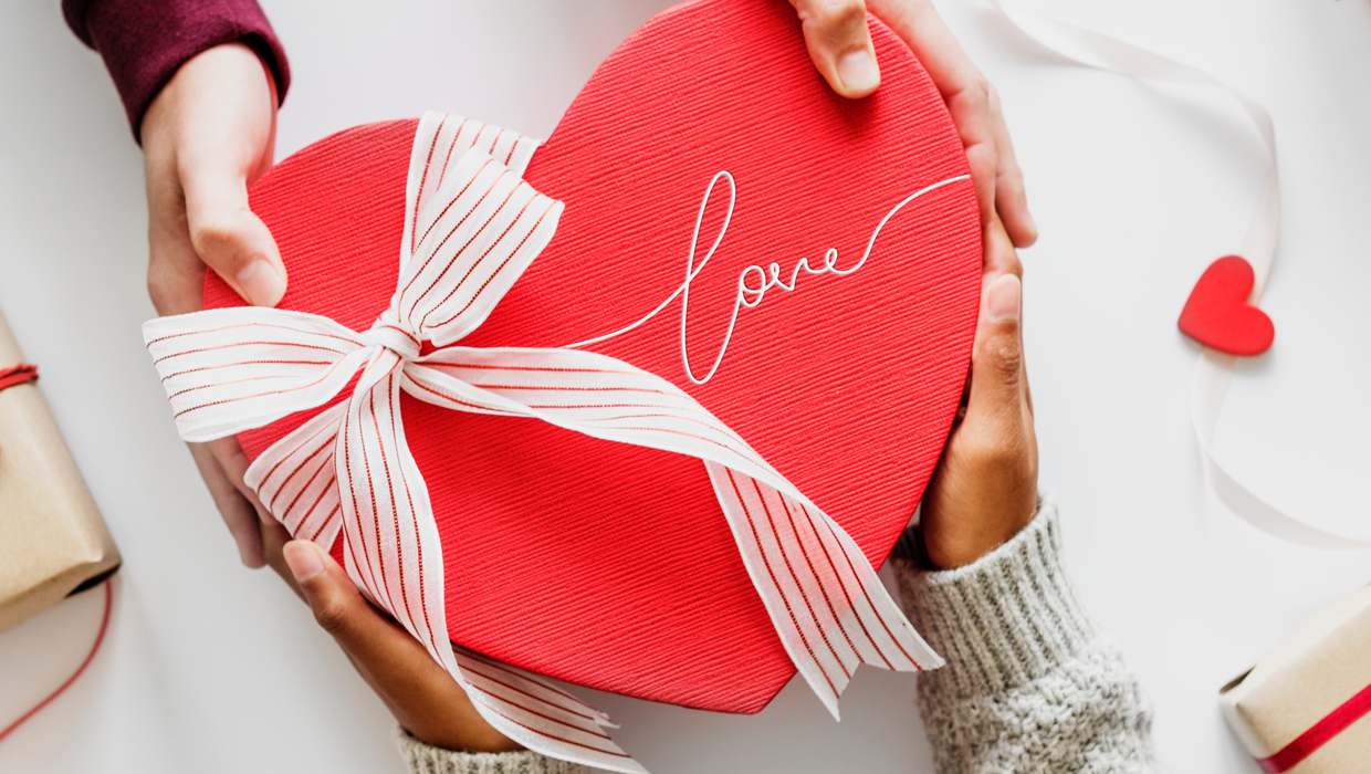 10 Valentine's Day Gift Ideas Under $20