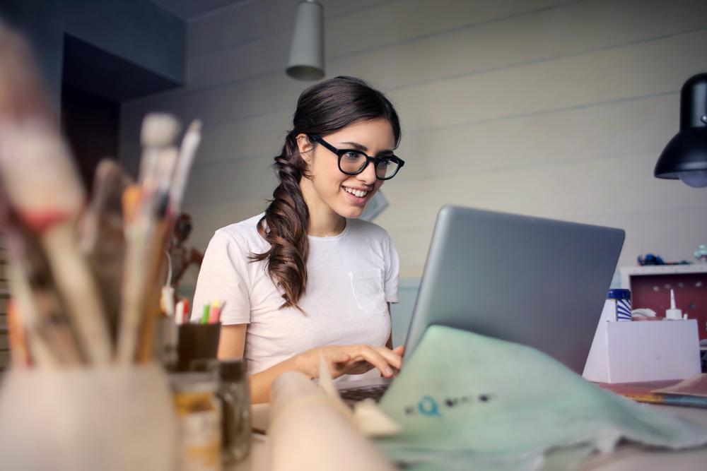 best-cheap-laptop-for-artists