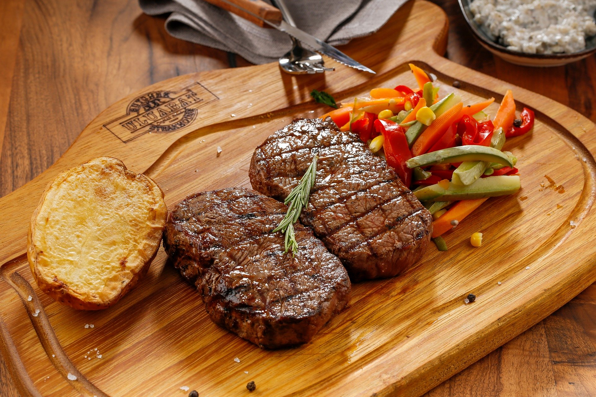 The Best Places to Buy Frozen Meat Online