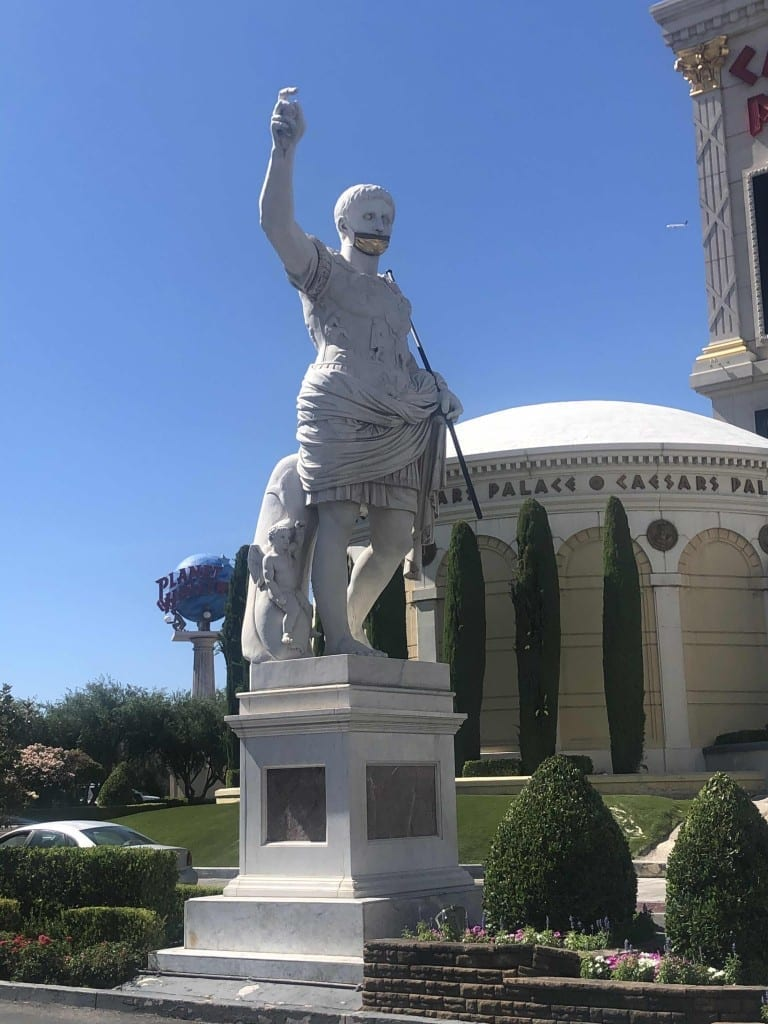 the statue of Caesar with a mask in Las Vegas