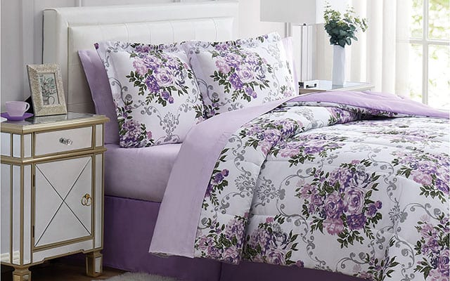 eight piece bedding set