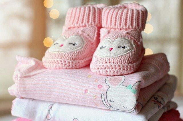 pakaian bayi